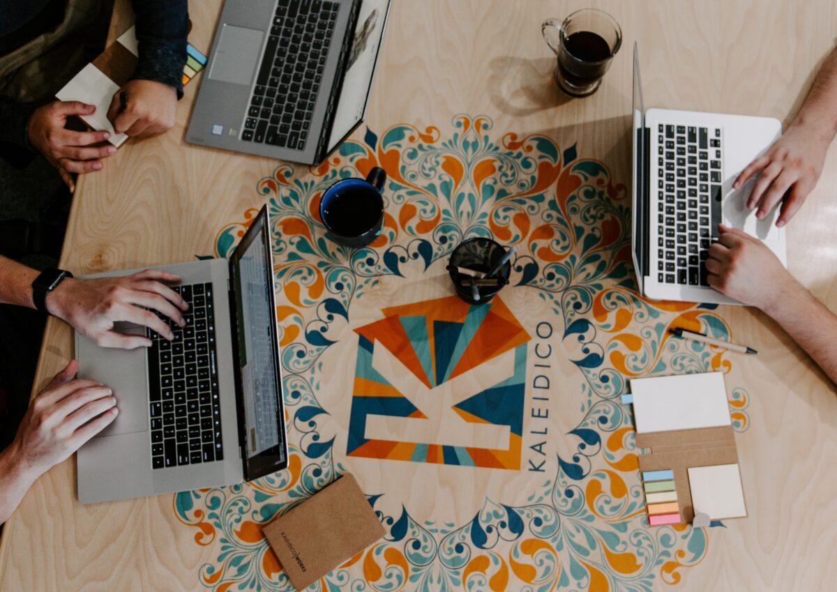 umiejętności potrzebnych przy projektowaniu stron internetowych
